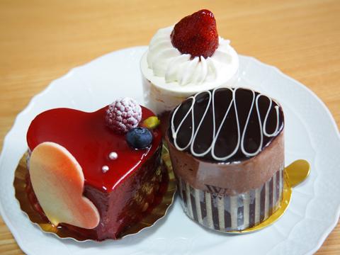 2016BD cake.jpg