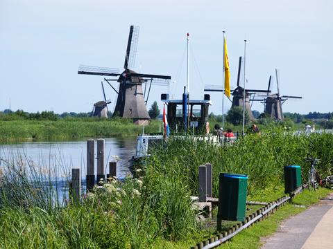Netherlands(Kinderdijk)2.jpg